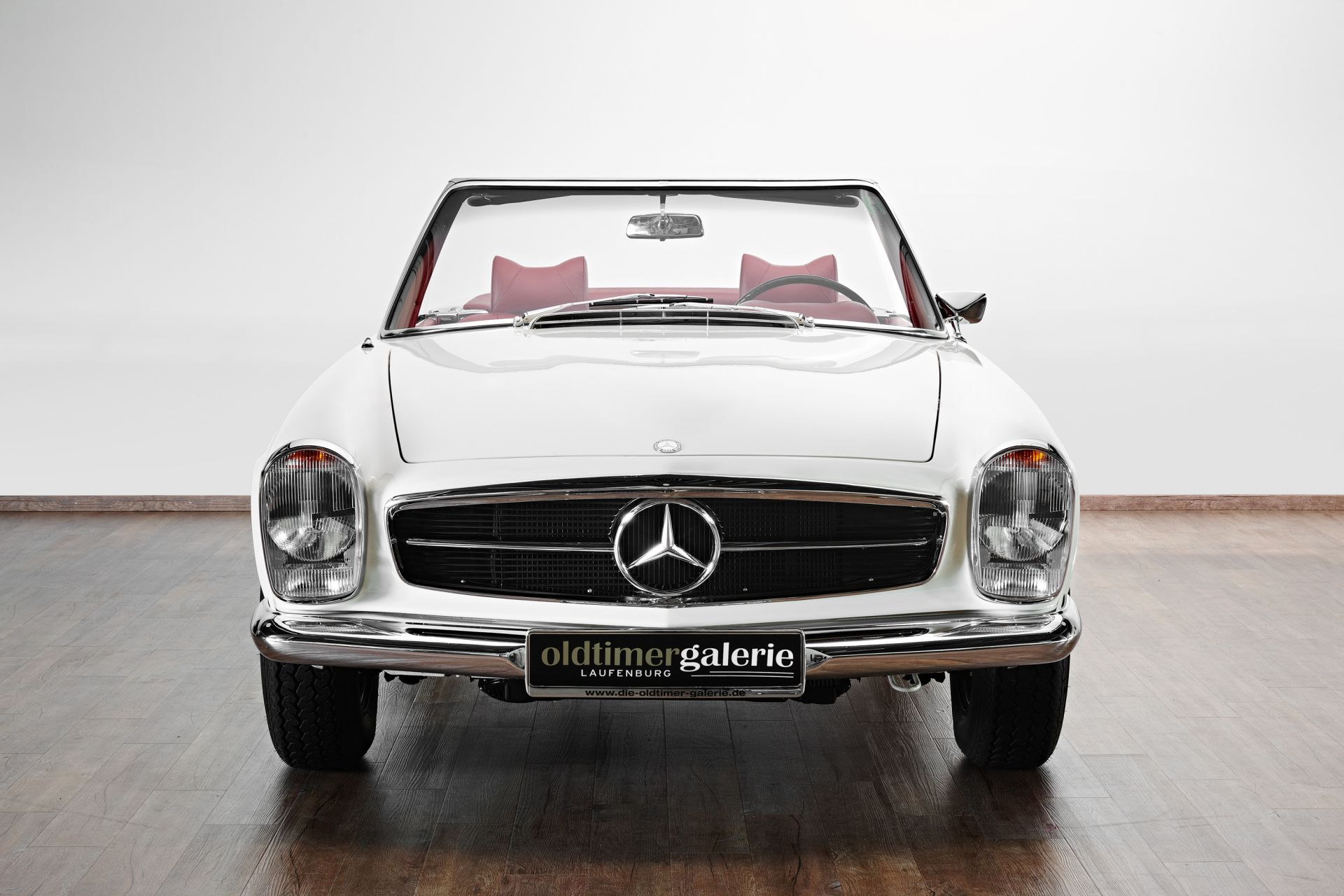 1969 mercedes 280 sl pagode. Black Bedroom Furniture Sets. Home Design Ideas
