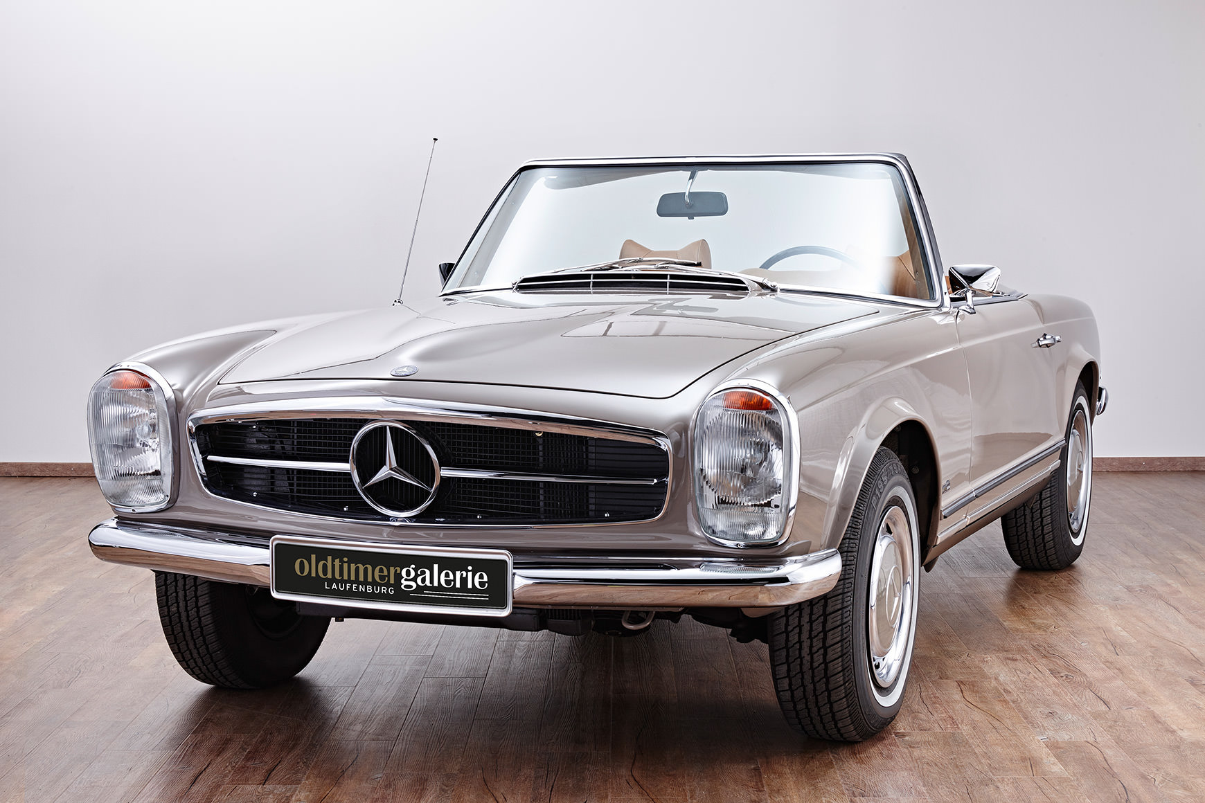 1970 mercedes 280 sl pagode. Black Bedroom Furniture Sets. Home Design Ideas